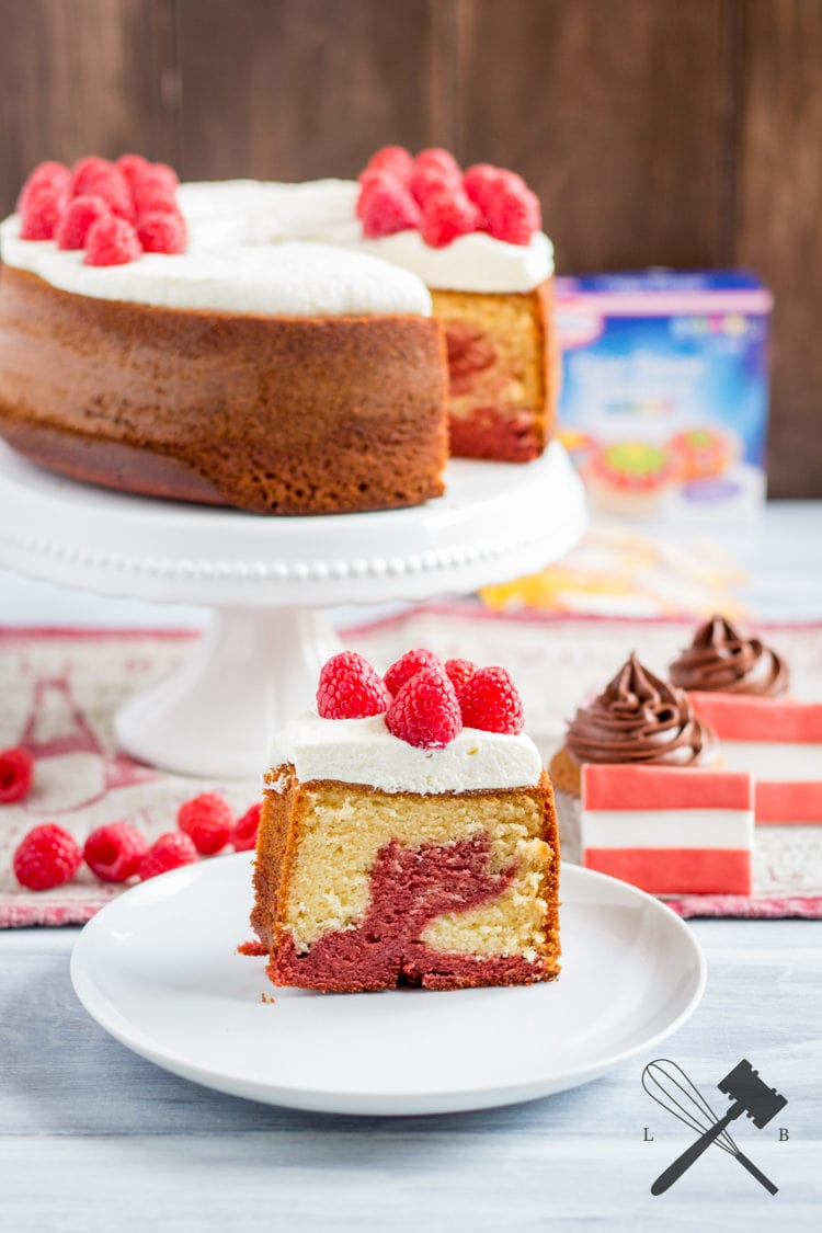 Rot Weiß Roter Himbeer Marmorkuchen