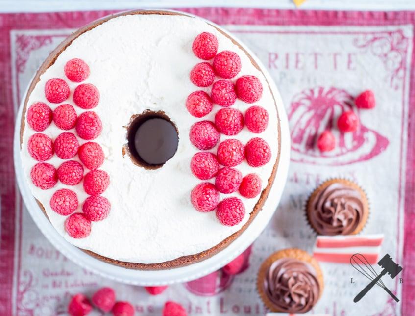 Tor Weiß Roter Himbeer-Marmorkuchen